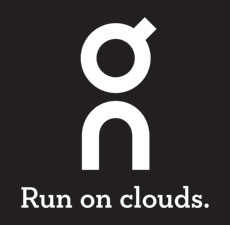 On-Logo-Run-on-clouds-Negative-230